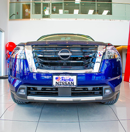 front grill view of the 2022 nissan pathfinder