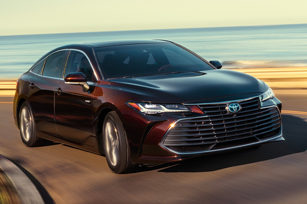 2020 Avalon Hybrid Limited shown in Opulent Amber