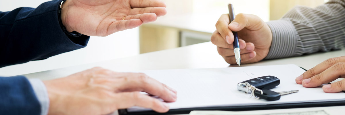 Customer filling out credit application